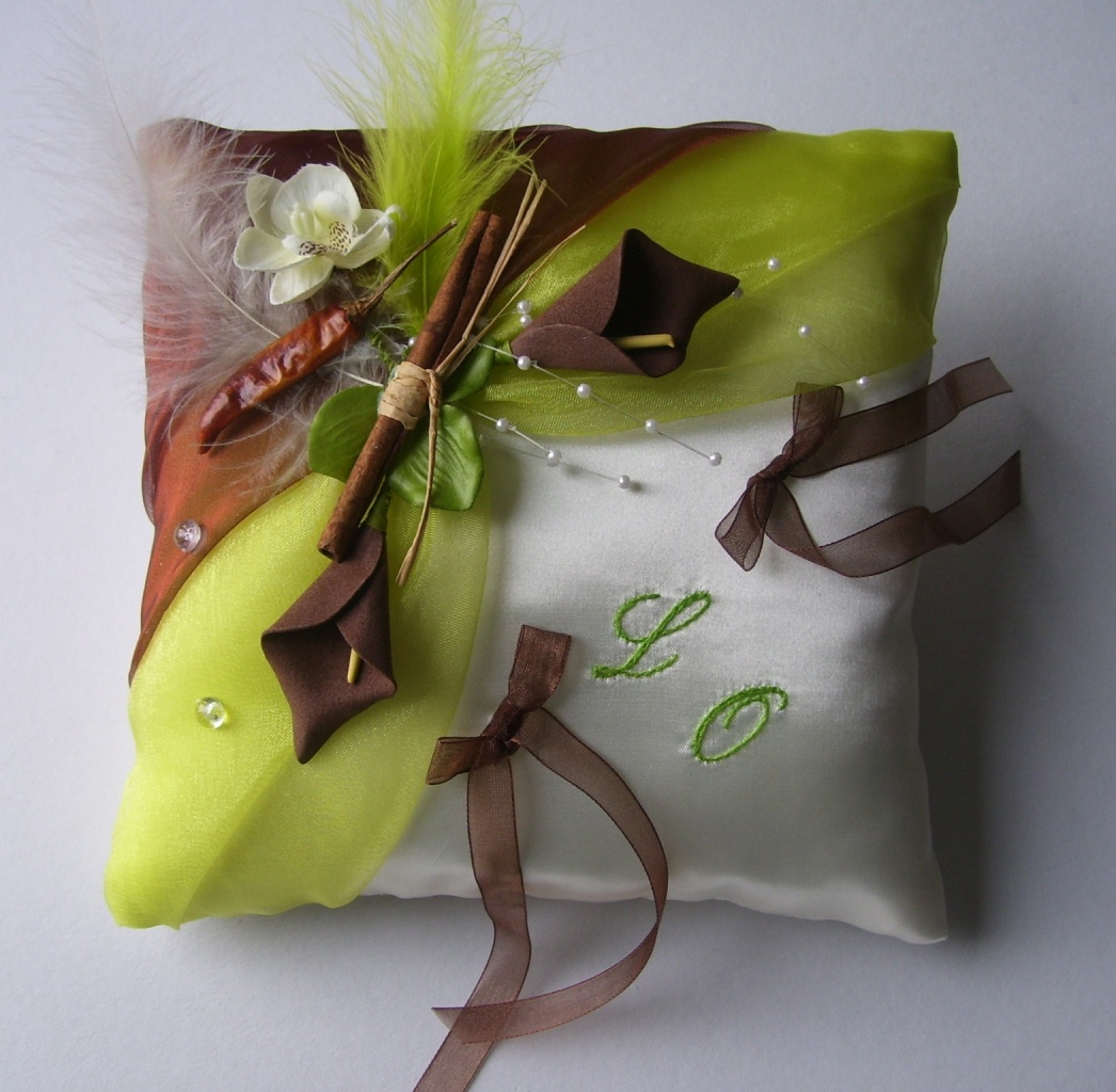 Coussin de mariage Epices chocolat anis