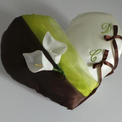 Coussin alliances coeur chocolat anis