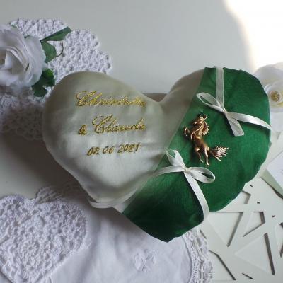 Coussin alliance coeur vert emeraude personnalise dore fait main
