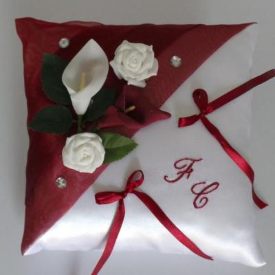 Coussin alliance mariage 69