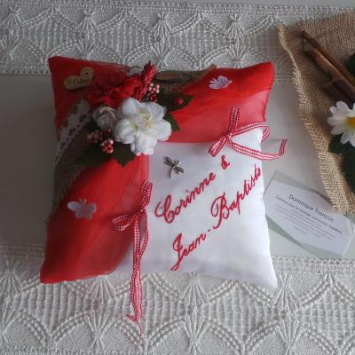 Coussin alliance personnalise champetre chic rouge