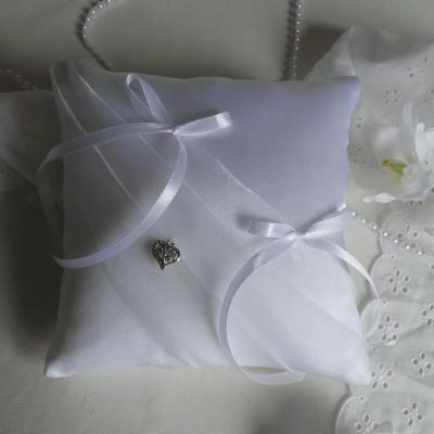 Coussin mariage chic blanc simple sobre personnalisé fait main