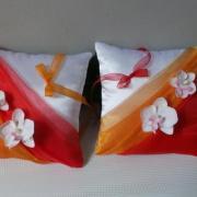 Coussin alliances chic orange rouge personnalise duo blanc ou ivoire