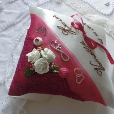 Coussin alliances gourmandise framboise chocolat