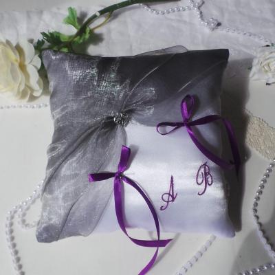 Coussin alliances gris argent violet prune