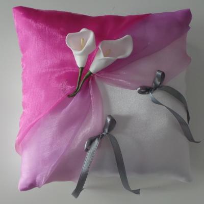 Coussin alliances lilas fuchsia et gris personnalise