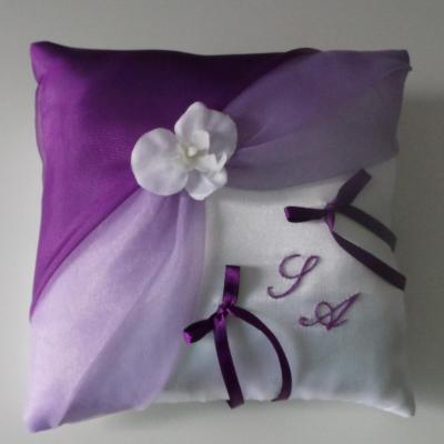 Coussin alliances parme violet 26