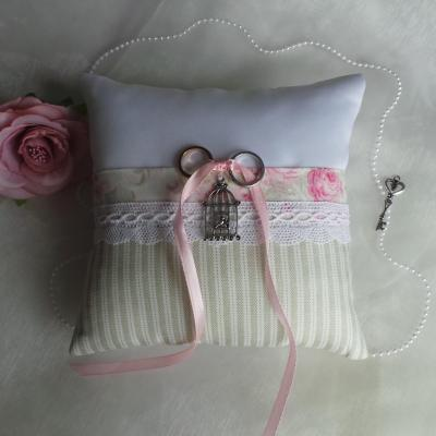Coussin alliances shabby chic