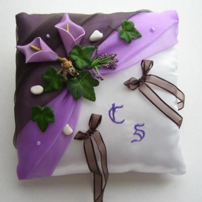 Coussin alliances violet prune marron legendes fees