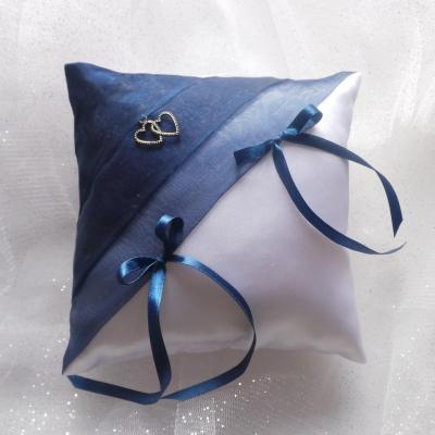 Coussin mariage bleu marine blanc