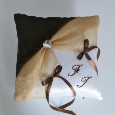 Coussin mariage beige marron chocolat personnalise