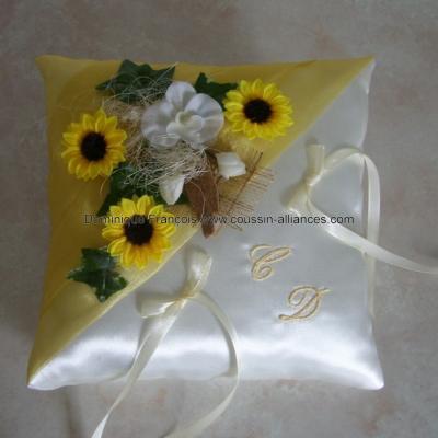 Coussin mariage champetre tournesol jaune