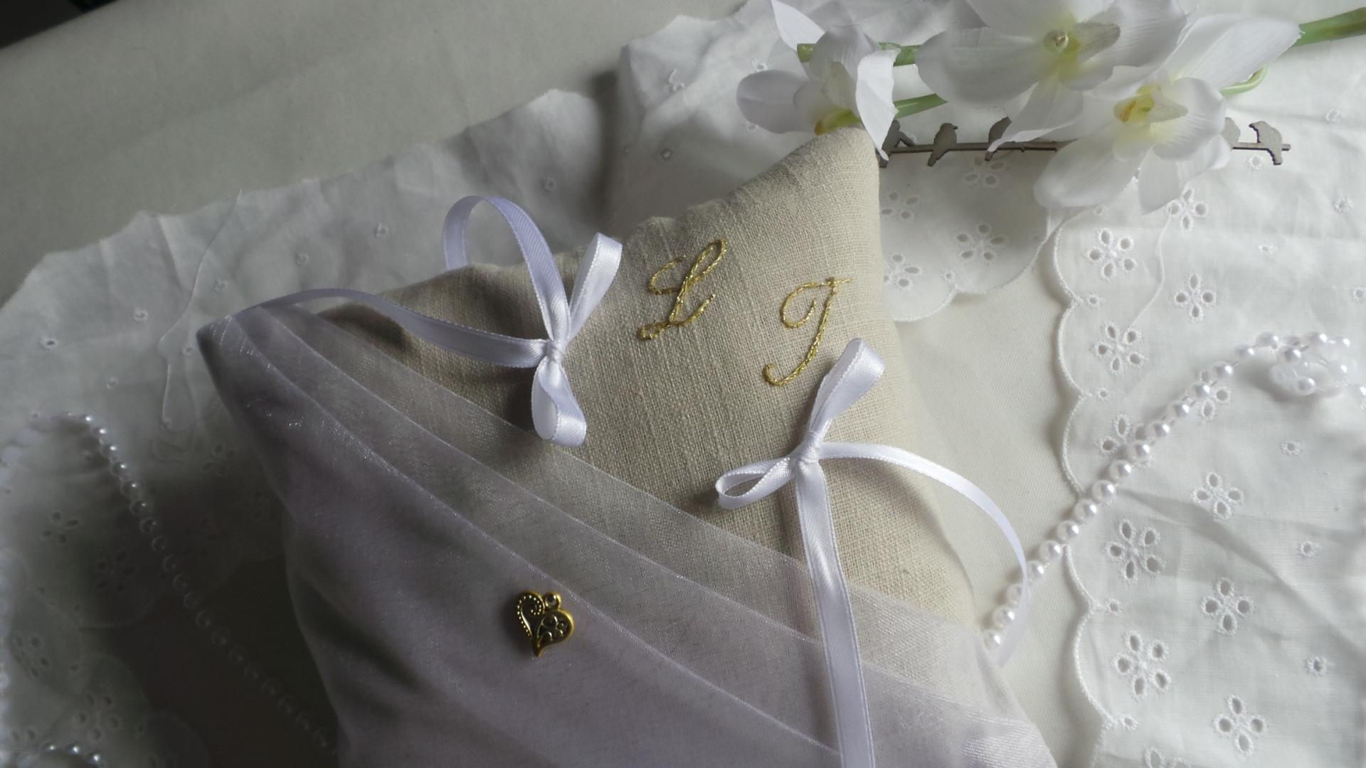 Coussin mariage chic personnalise