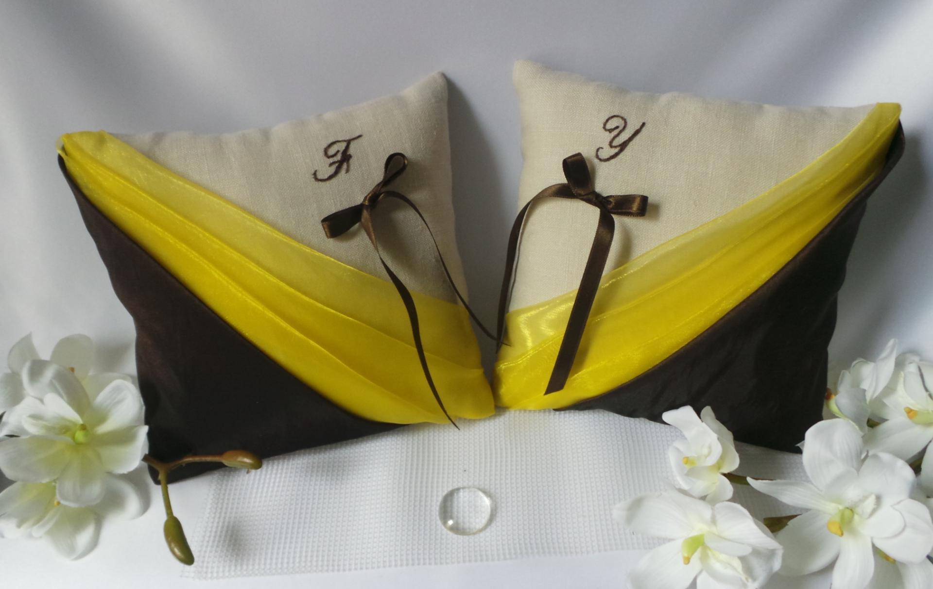 Coussin mariage chocolat jaune base en lin