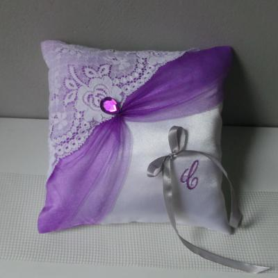 Coussin mariage dentelle 23