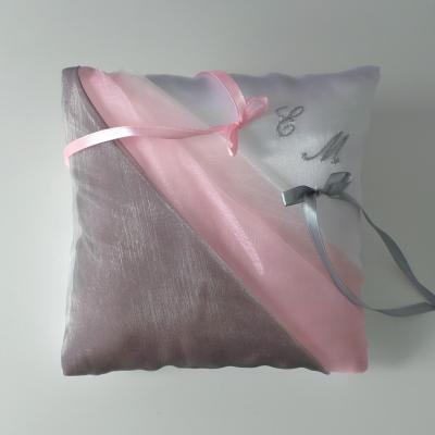 Coussin alliance gris et rose pastel personnalisé fait main