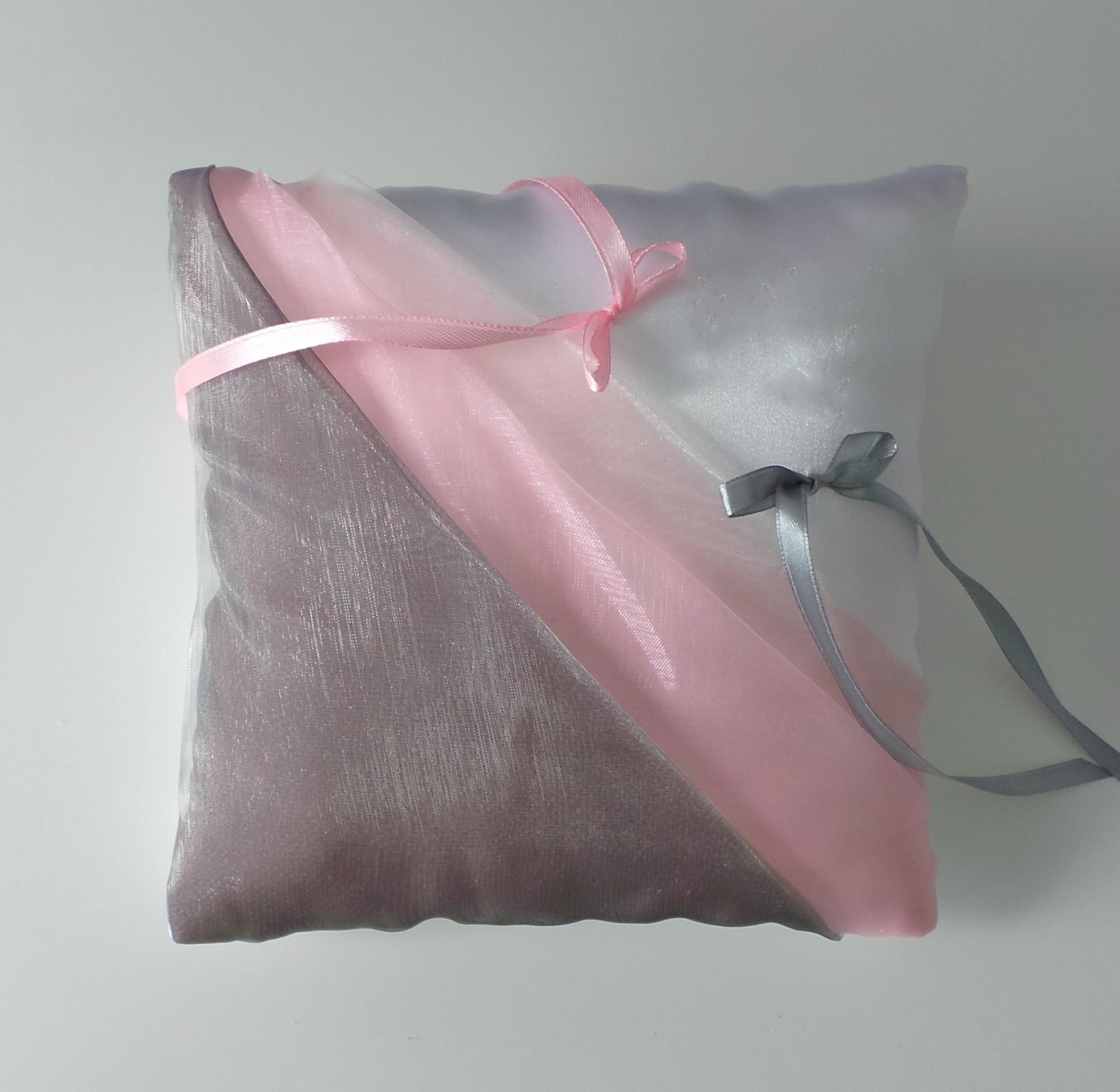 Coussin mariage gris rose