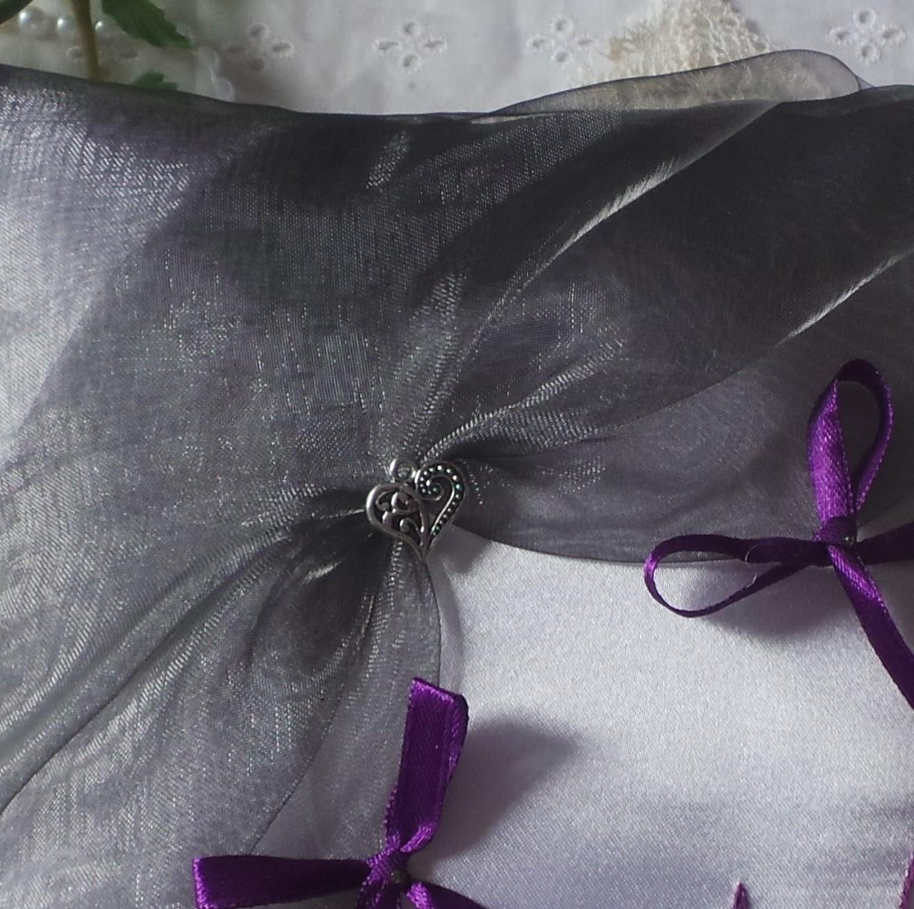 Coussin mariage gris violet prune