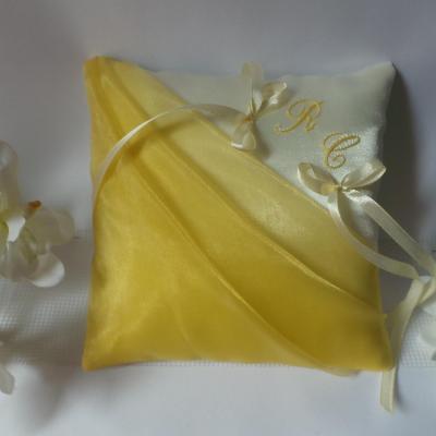 Coussin mariage jaune