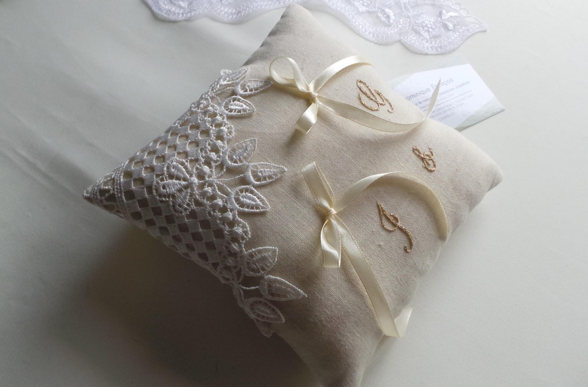 Coussin mariage lin dentelle champetre chic