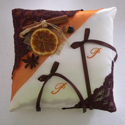 Coussin mariage orange marron chocolat theme epices