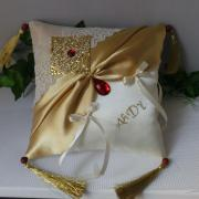 Coussin mariage oriental dore