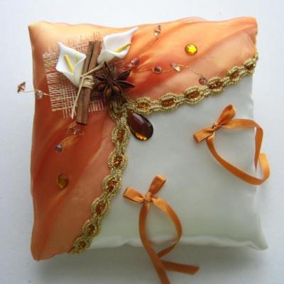 Coussin mariage oriental epice orange or