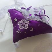 Coussin mariage oriental violet argent 3