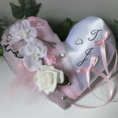 Coussin mariage rose 2