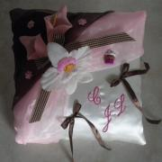 Coussin mariage rose 36
