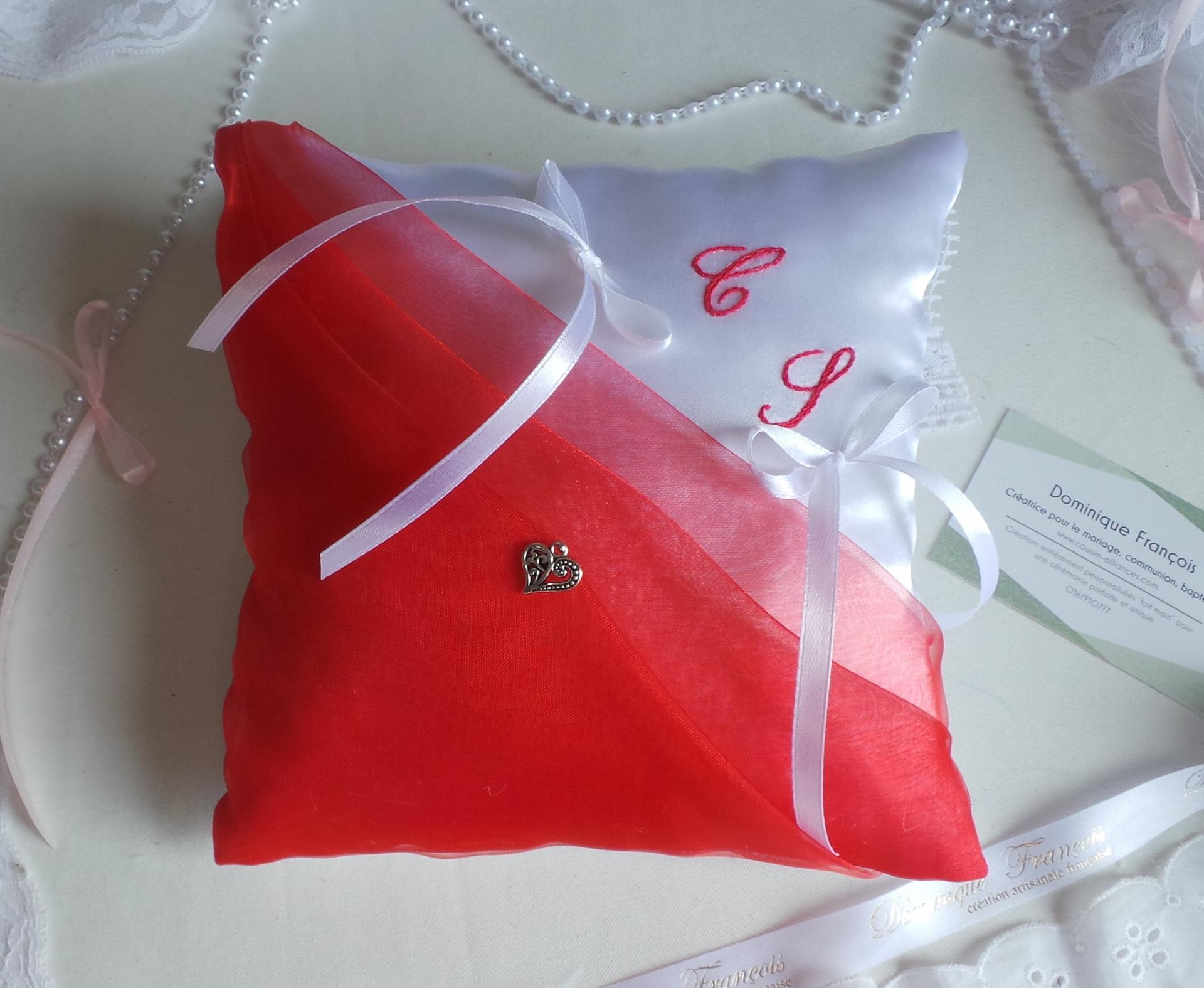 Coussin mariage rouge blanc 1