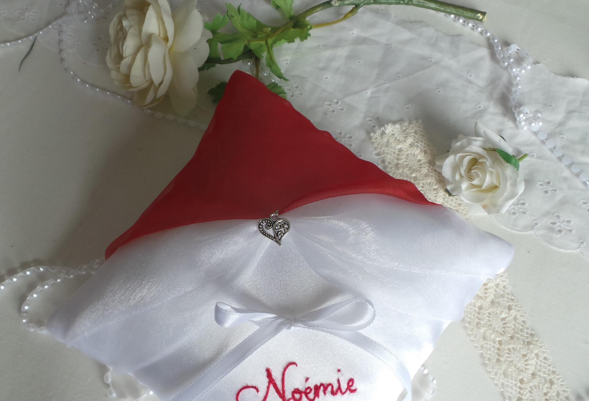 Coussin mariage rouge blanc 6