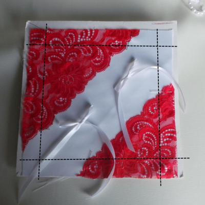 Coussin mariage rouge blanc ivoire 1