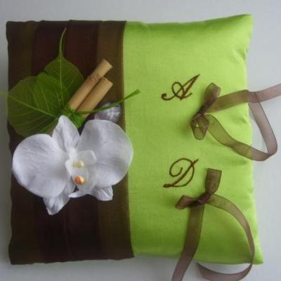 Coussin mariage zen choco anis