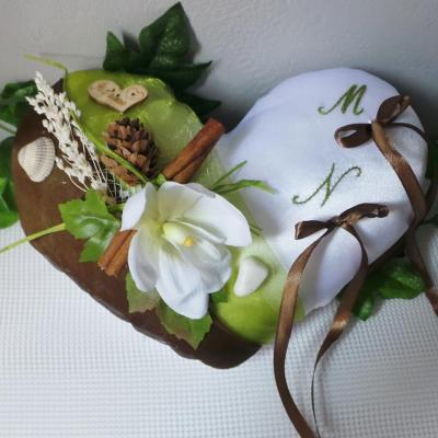 Decoration mariage nature foret anis marron