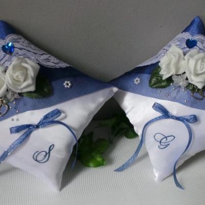 Duo coussin mariage bleu et blanc personnalise fait main
