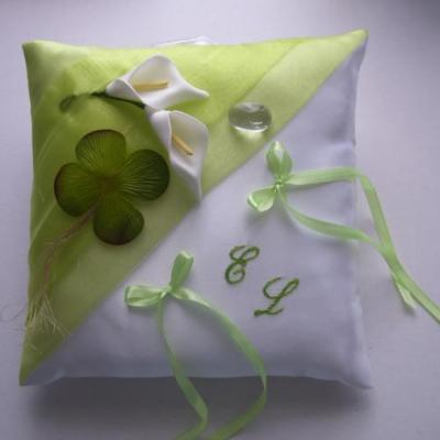Laurent loiseauirlande vert blanc trefle brod