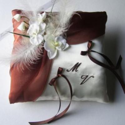 Melanie legagneux chocolat ivoire brode 001
